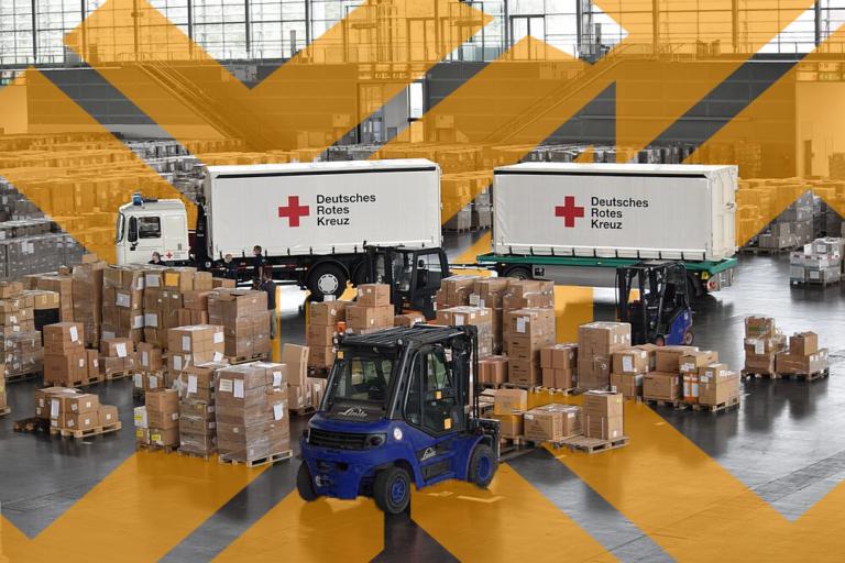 DRK lagert Pandemie-Schutzmaterialien in den Hallen der Messe Düsseldorf